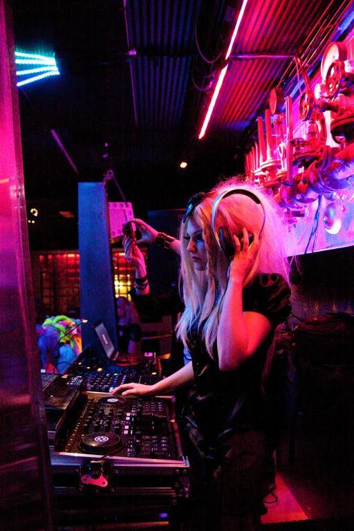 DJ Kari