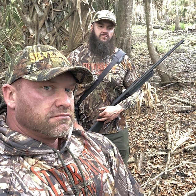 SWAMP HONKEYS HUNTIN SWAMP DONKEYS.......... Your turn..... Caption this~~~ Best caption wins a FREE SBK camo hoodie! GO FOLLOW::: @adamscherr99 @monster_arms  @the_official_q  @te_dubz  #silverbackkrew#SBKBOSS #SBKDADDY#hunting