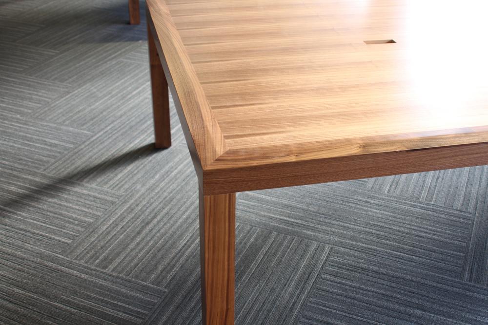 desks_03.jpg