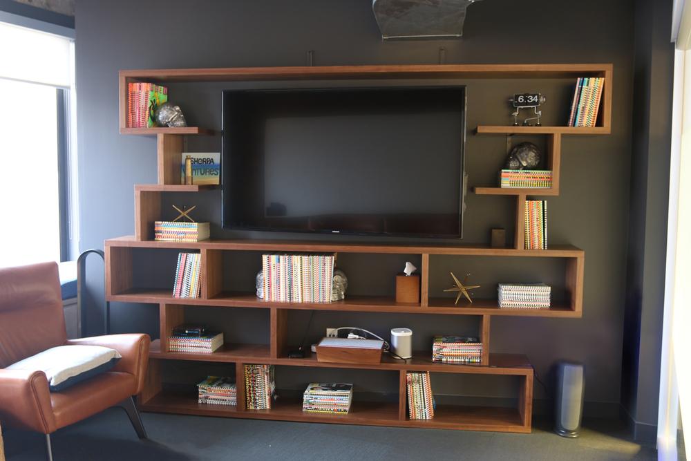 bookcase_03.jpg