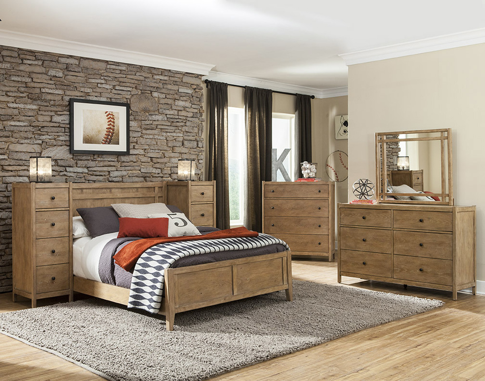 panel bed room scene with piers.jpg