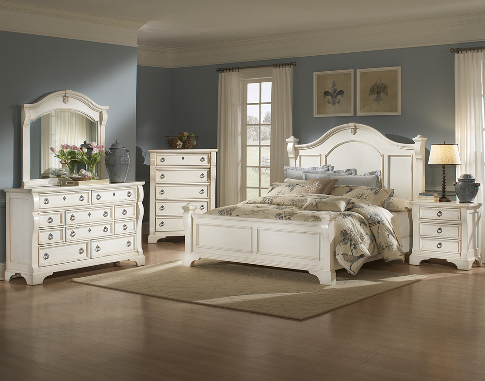 HEIRLOOM distressed white finish