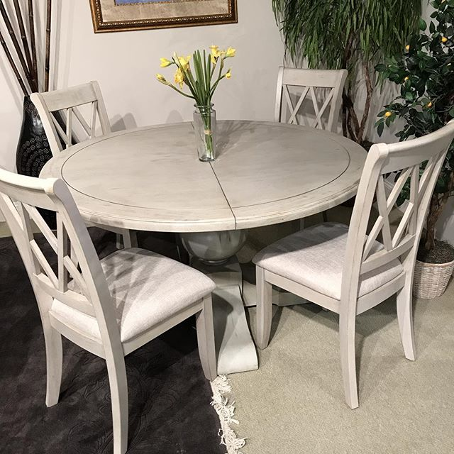 New to Our lineup! #diningroom #hpmkt #hpmkt2018 #interiordecor