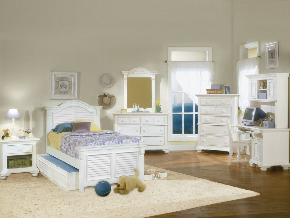 COTTAGE TRADTIONS - 6510    eggshell white