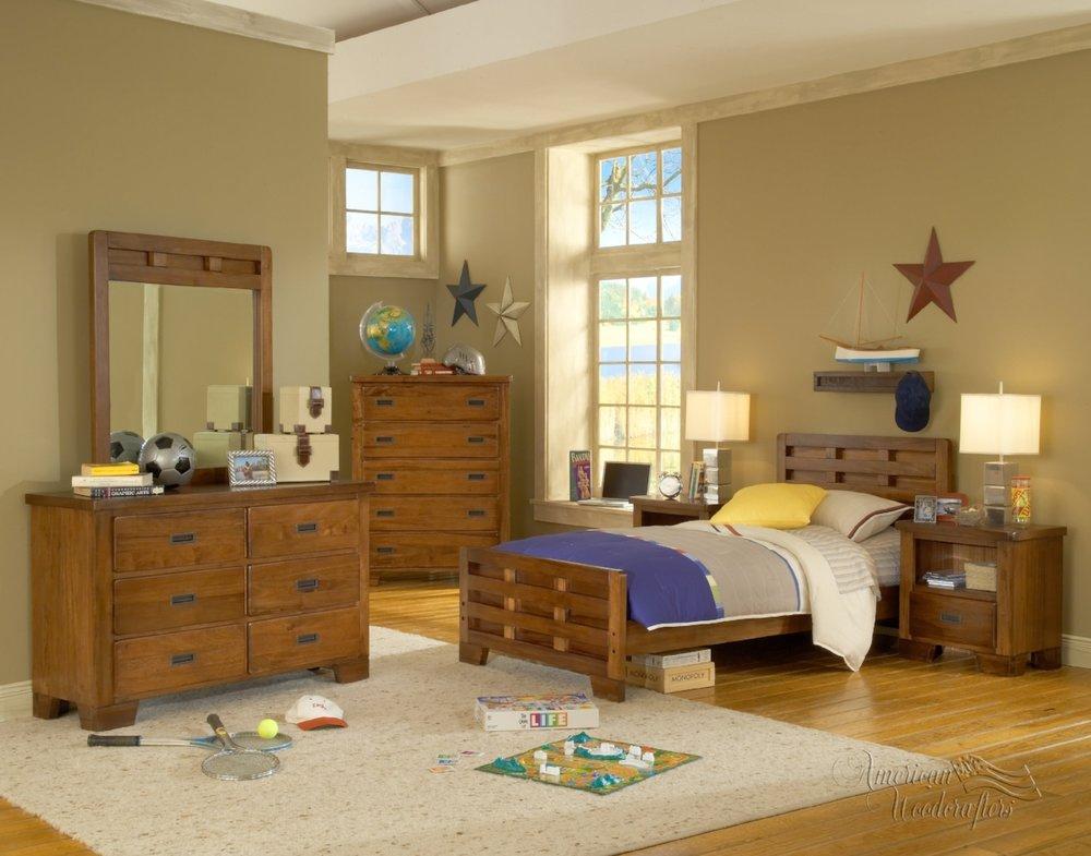 1800_bedroom-scene2.jpg