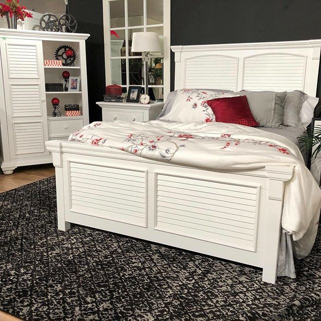 Our best selling line just got two additions! Check out our square panel cottage bed and gentleman's chest. #interiordesign #bedroomdecor #artofthebedroom #furniture #hpmkt2018