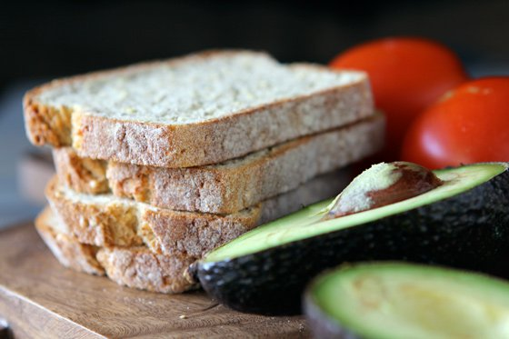 I chose gluten-free millet bread, but you can use any type of bread you prefer.