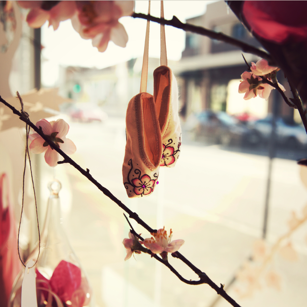 These cuties by our artist Elly Ford (@artelf) were hanging all over our wishing tree! :)