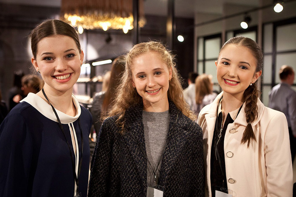 Dancer and model Dara Martin with Energetiks Ambassadors Bianca Scudamore and Makensie Henson