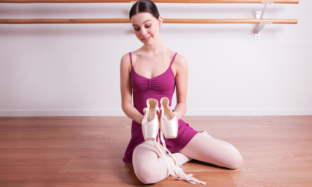 Dara wears Energetiks Sapfir Pointe Shoes