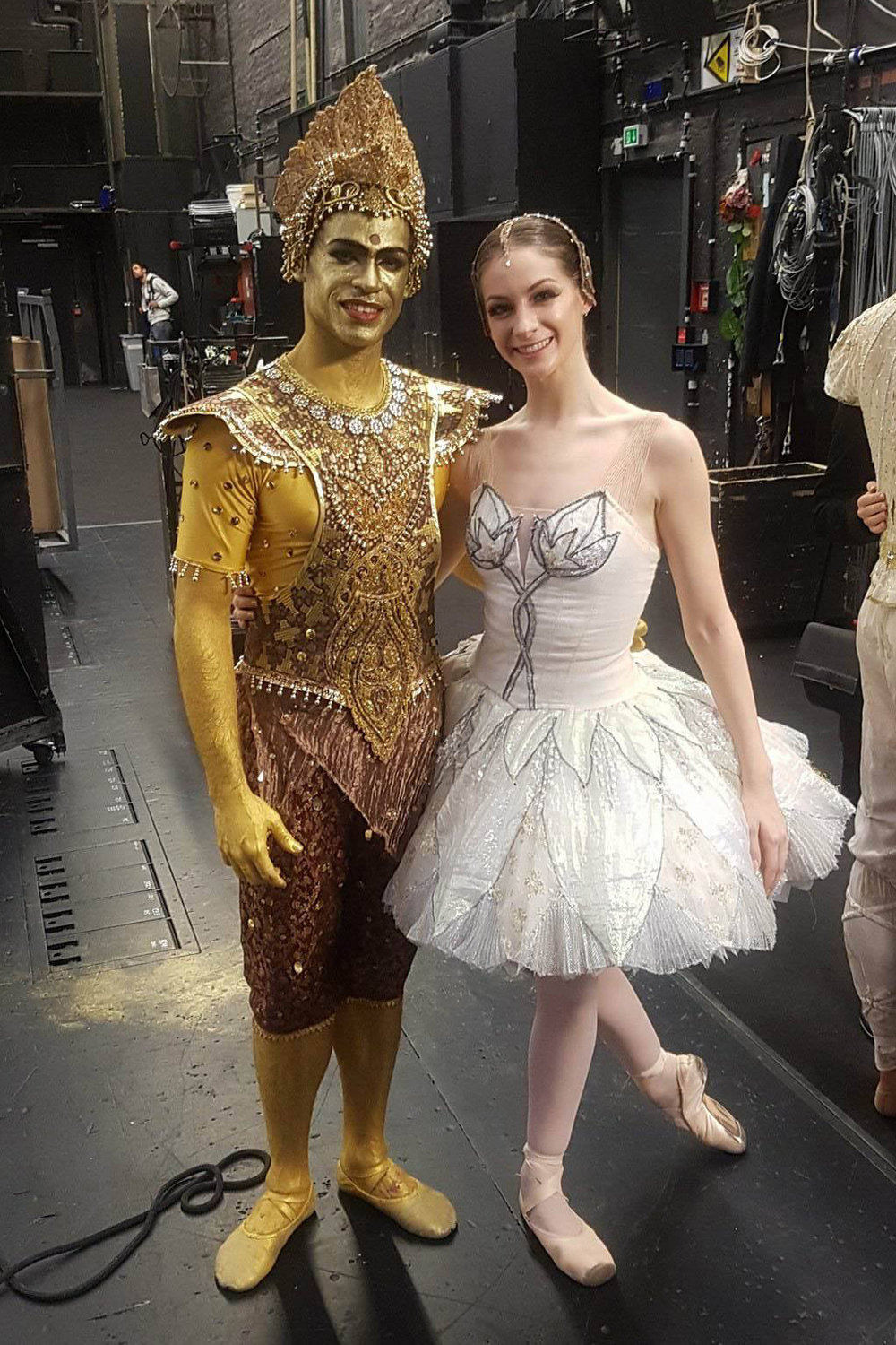 Laurretta with husband Yonah, backstage in  La Bayadère