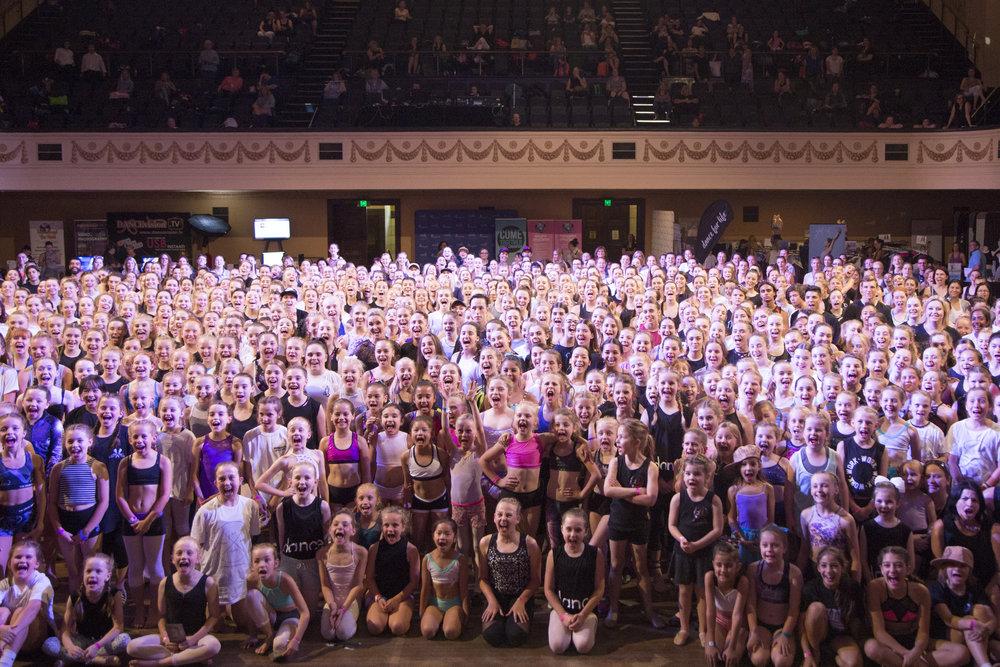 Dancers at VDF 2017