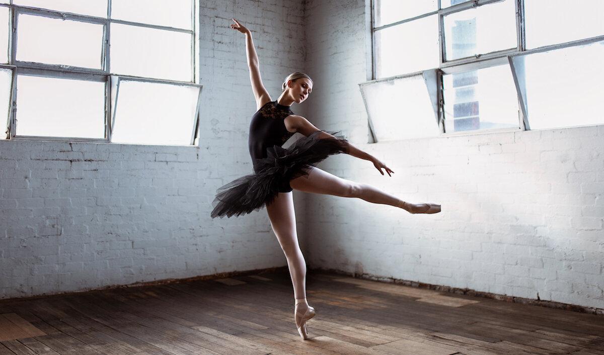 Technique 101 The Art Of Ballet Hands A Dancer S Life