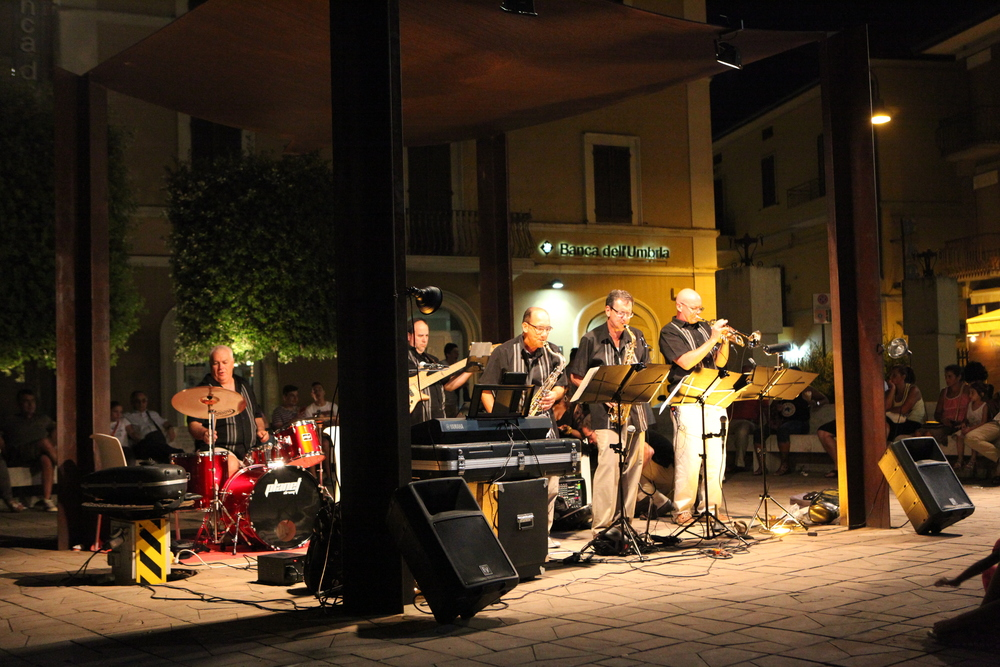 Copy of Performing in the Piazza