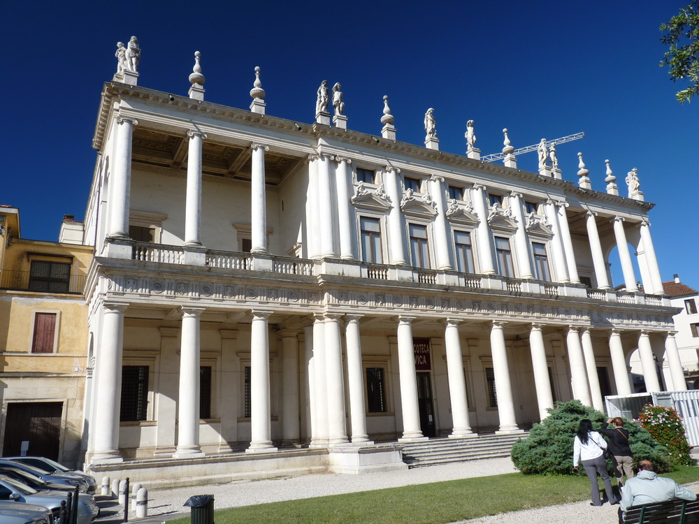 CRO Italy web 2011 - 08.JPG