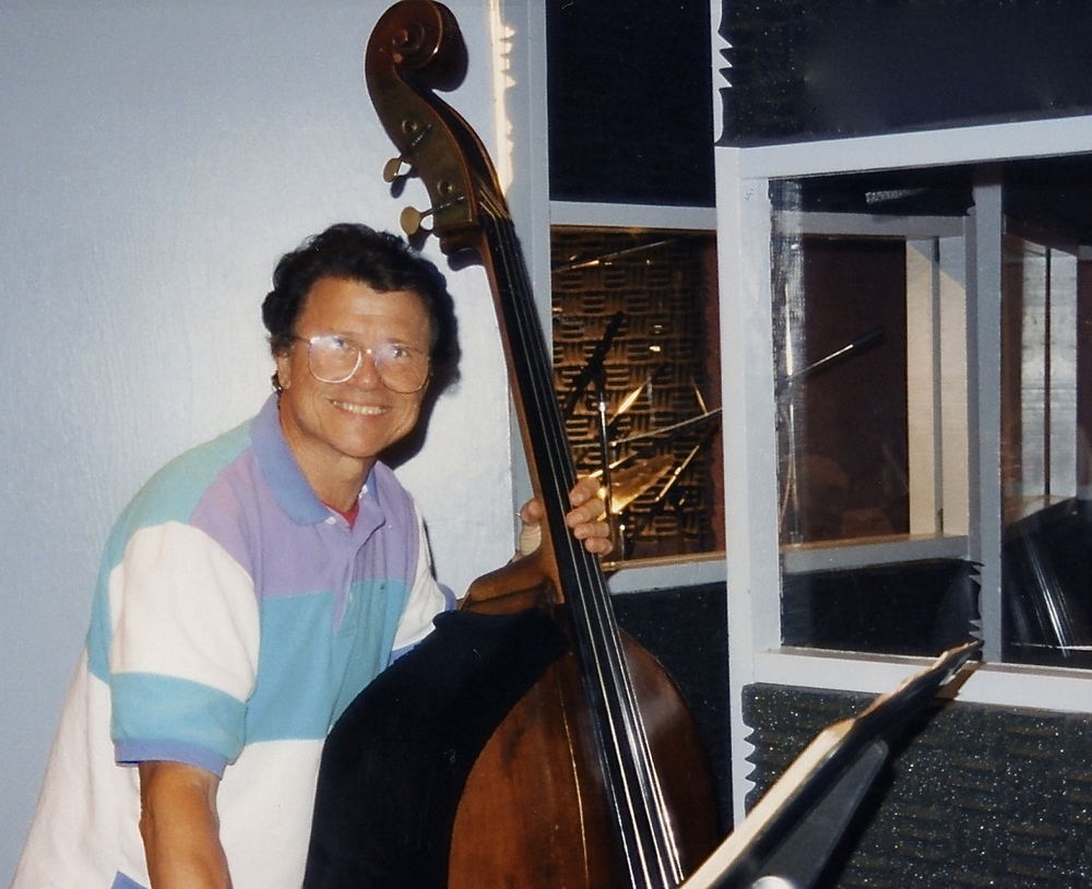 Dom Mancini (1994 Edison Studios, New York)