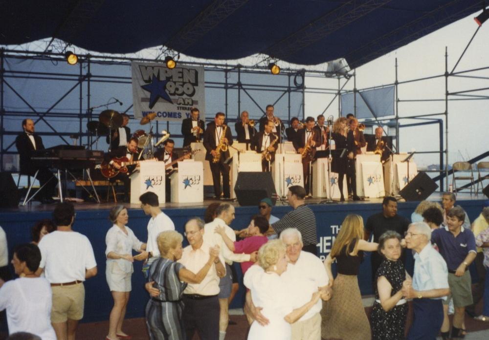 1993-08-12 PENNS LANDING 8.jpeg