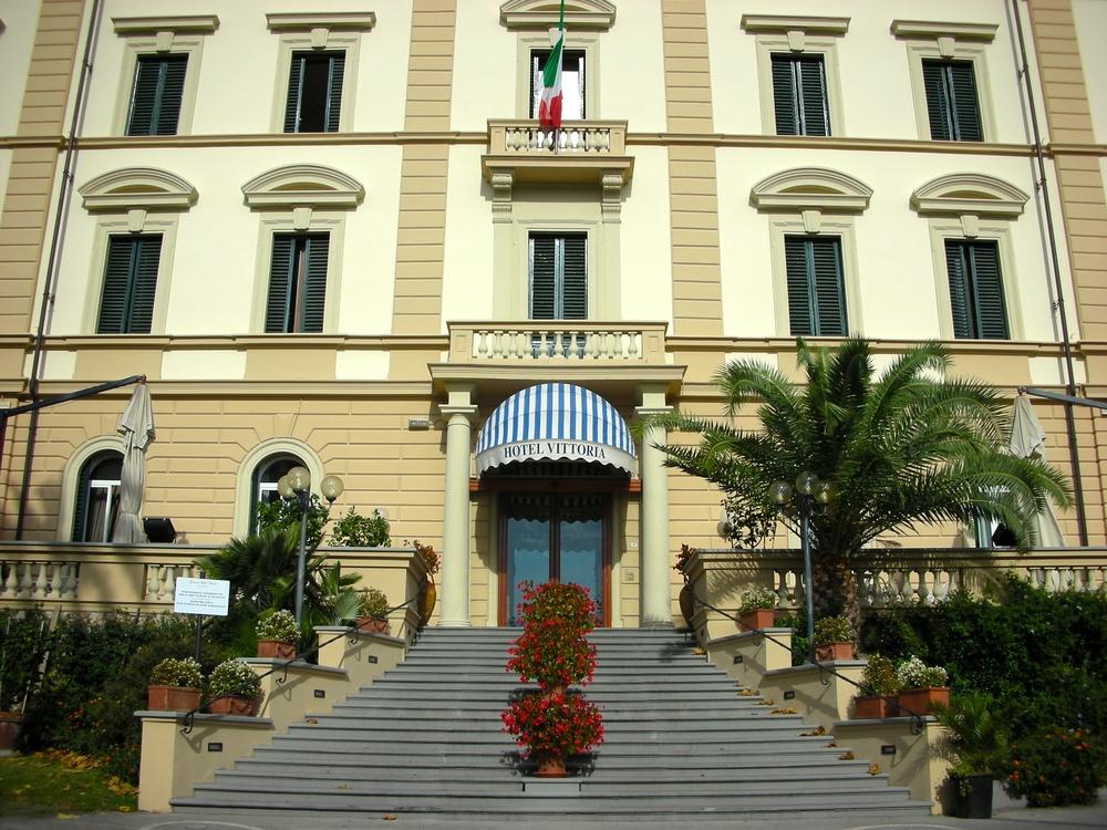 CRO Italy web 2007 - 01.jpg