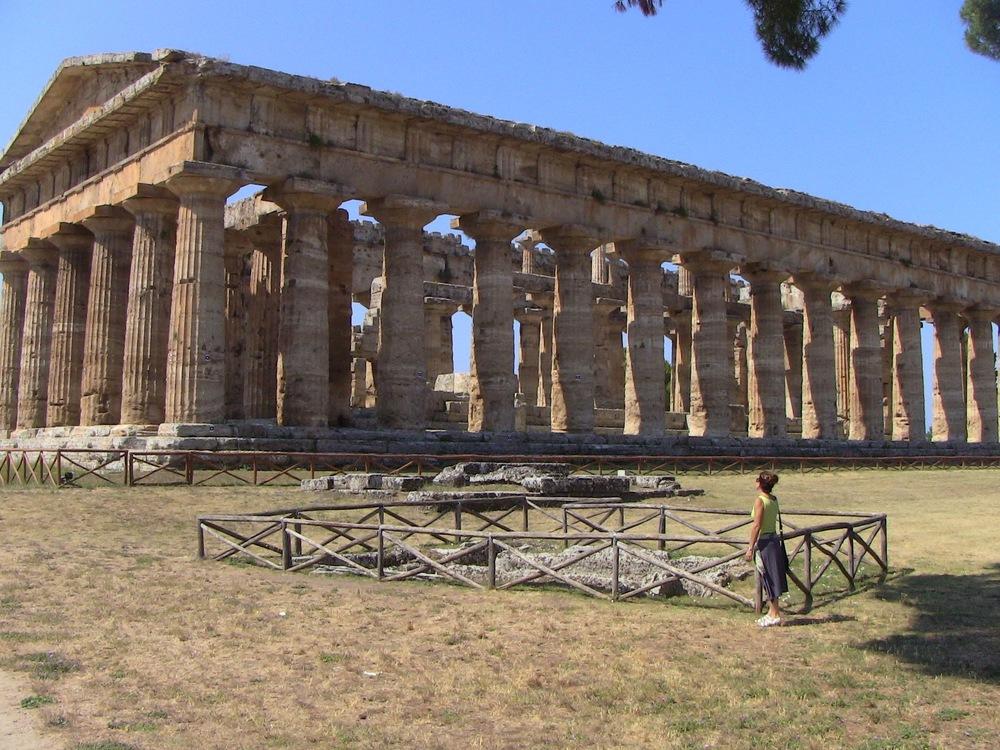 52 Paestum Italy 2015.jpg