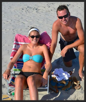 Yet-Another-at-the-beach-america-headbands--White-HB-we-think-ATBA-since-she-has-others-on-Ryan-Carrolls-FB-pg-looks-like-they-go-to-OC-Aug-2013.jpg