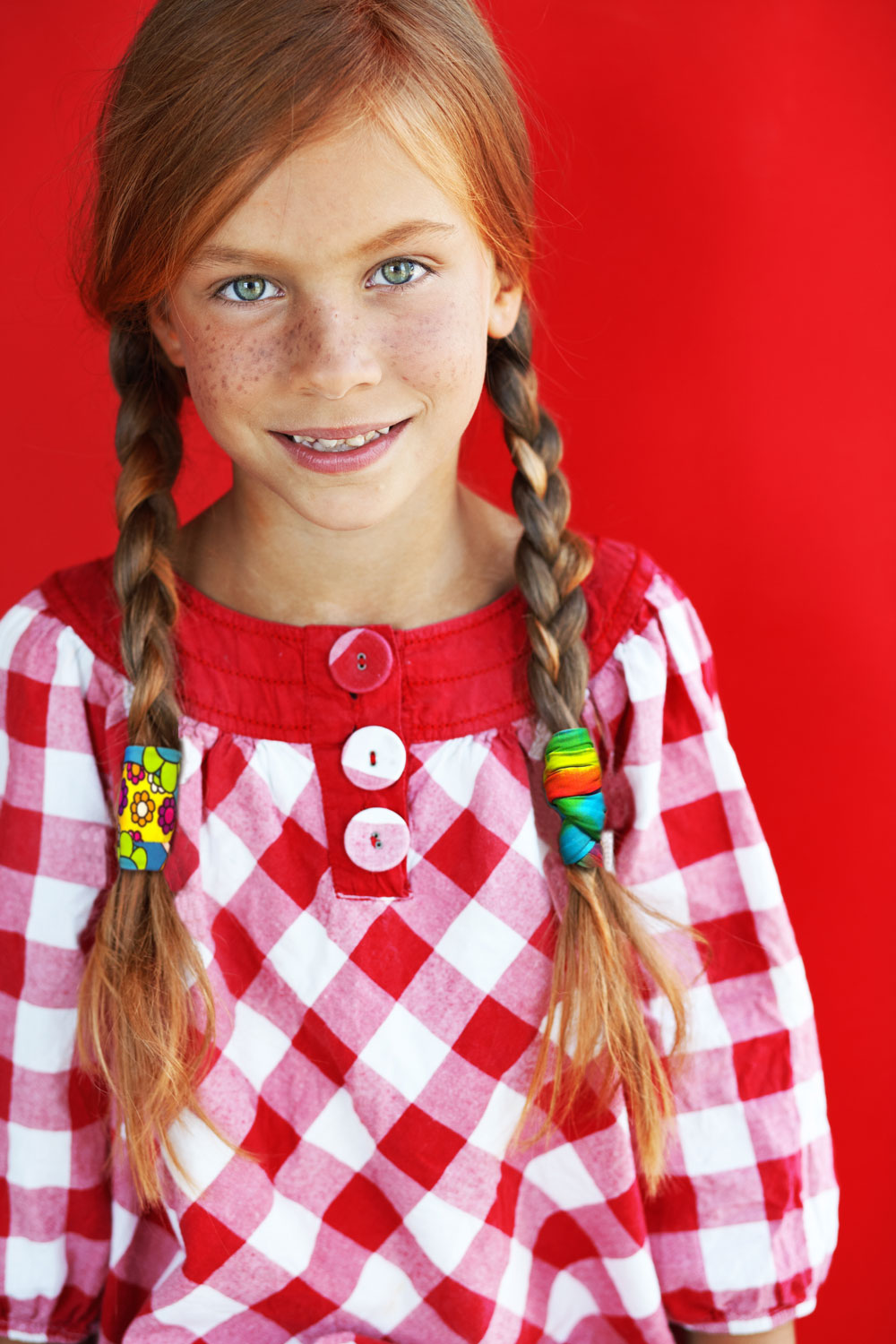 GP-girl-with-Braids-red-background-redhead-for-SS-model-GP-1000-V2.jpg