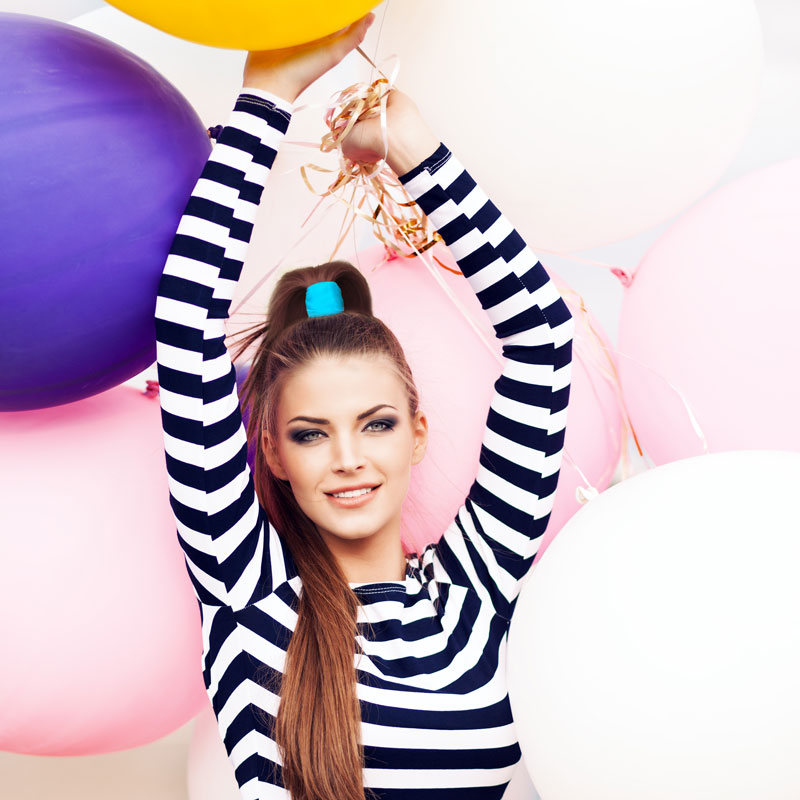 model-with-ballons-stripe-shirt-gentle-pony-blue.jpg