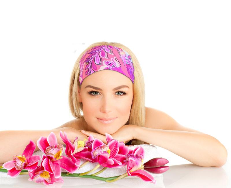 model-headband-pink-blond-flowers-Recovered.jpg