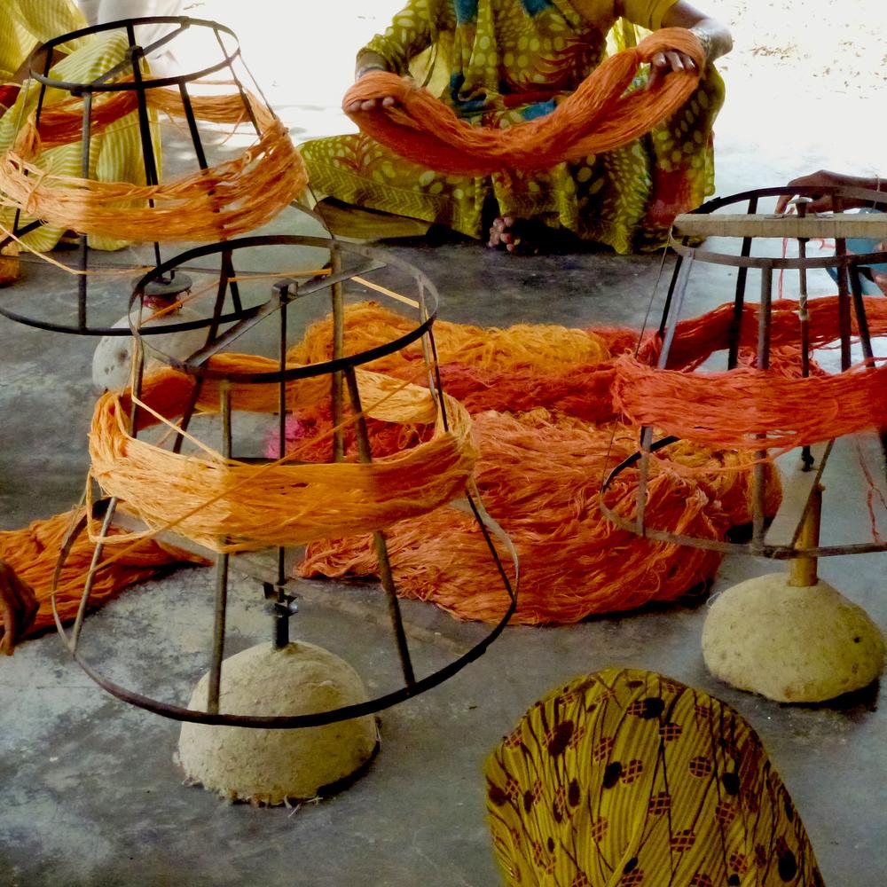 S2G Silk Rugs Workshops Nepal Les Ateliers Courbet 18.jpg