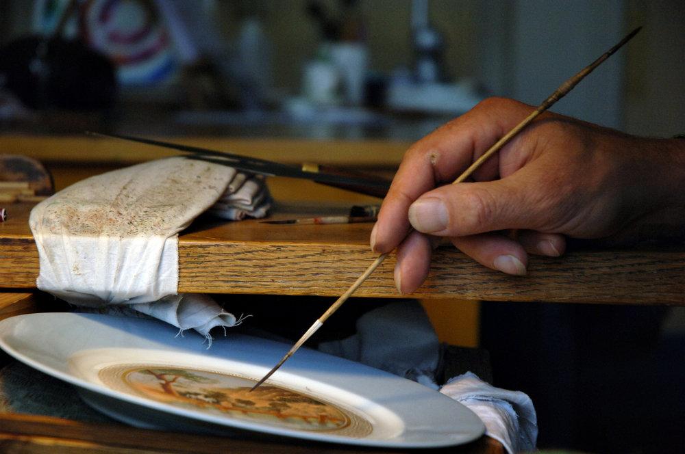 Pictures © Nicolas Héron for Sèvres-Cité de la céramique - Les Ateliers Courbet Sevres Porcelain Manufacture