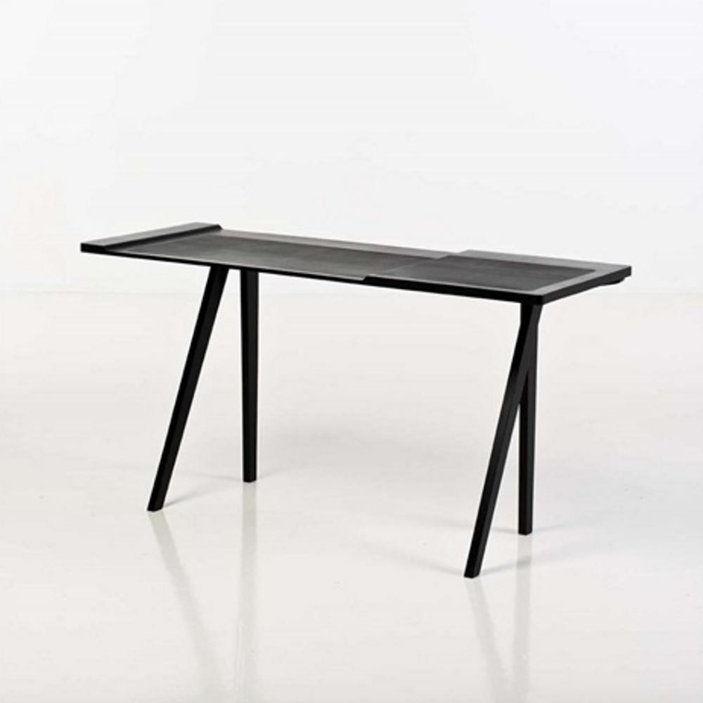 DP-REB-Desk-Bl A.png