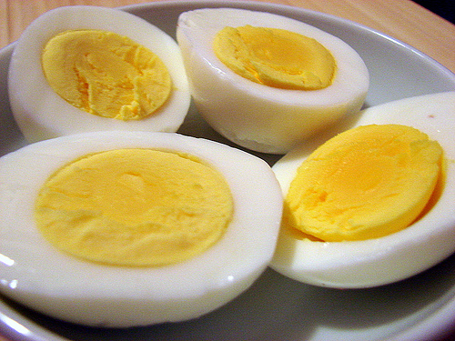 Easy-Recipe-for-Hard-Boiled-Eggs