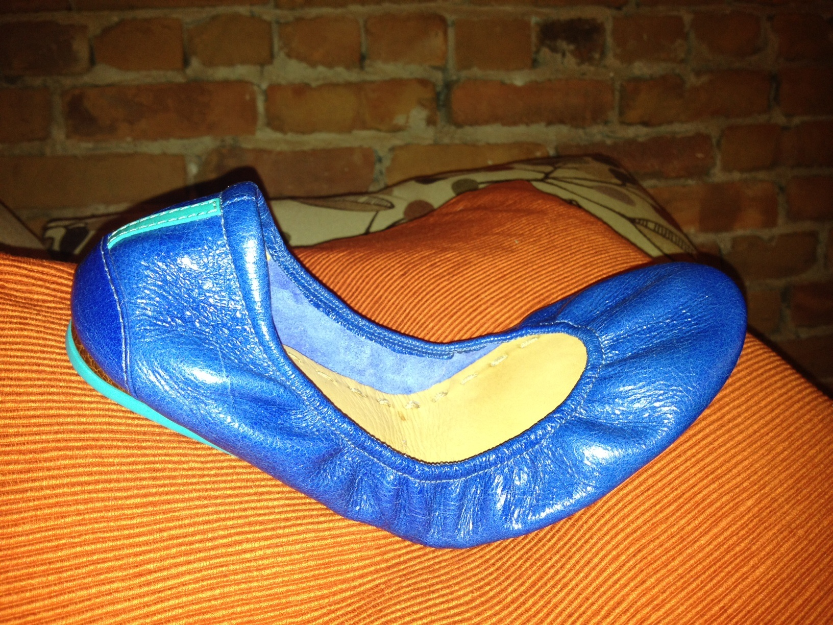 fb48f46bbe I always notice ballet flats and I am in constant search for a comfortable  and stylish pair. I first noticed Tieks when one of my personal training  clients ...