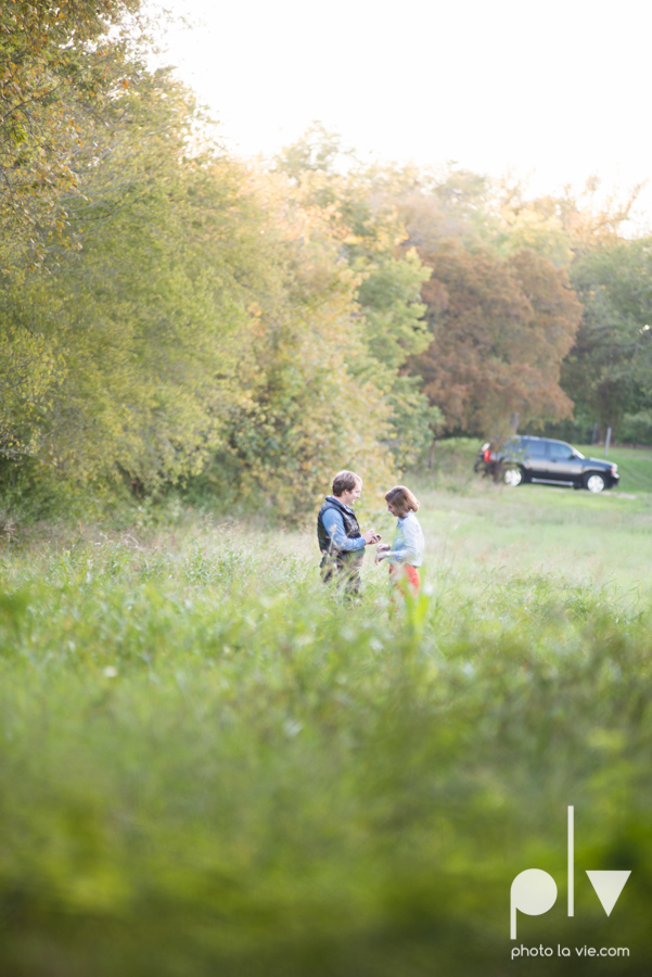 Josh Christy Proposal Session Portrait Surprise Field Midlothian Sunset Sarah Whittaker Photo La Vie-6.JPG