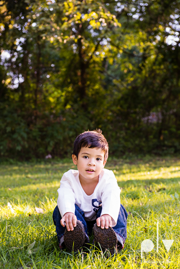 Alvarado Valdez Christmas Family Portrait Session Rose Park Mansfield boy field grass Sarah Whittaker Photo La Vie-5.JPG