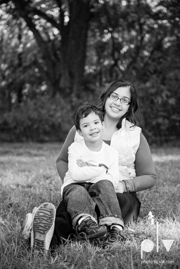 Alvarado Valdez Christmas Family Portrait Session Rose Park Mansfield boy field grass Sarah Whittaker Photo La Vie-4.JPG