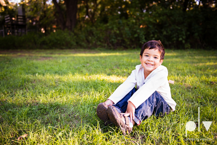 Alvarado Valdez Christmas Family Portrait Session Rose Park Mansfield boy field grass Sarah Whittaker Photo La Vie-6.JPG