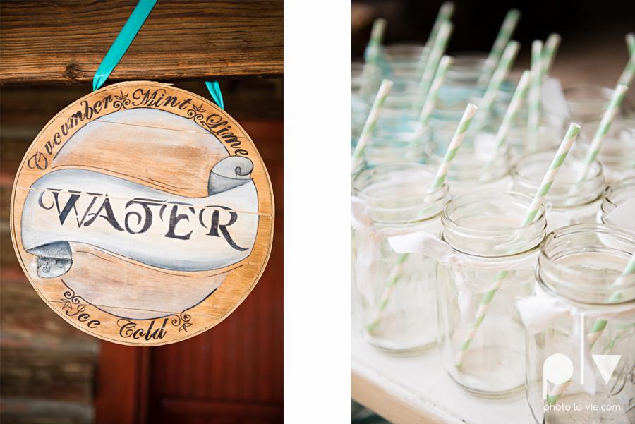Brittany Garrett Simmons Wedding Weatherford Creme de la Creme Lucia Bitnar Foster Blue barn rustic blue dessert rustic detail Sarah Whittaker Photo La Vie-2.JPG