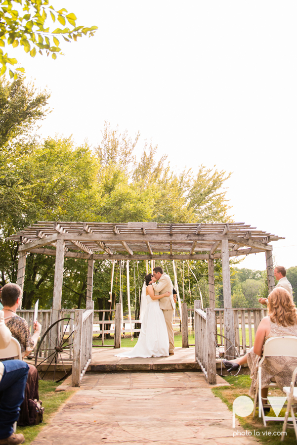 Brittany Garrett Simmons Wedding Weatherford Lucia Bitnar Foster Blue barn rustic blue dessert Sarah Whittaker Photo La Vie-21.JPG