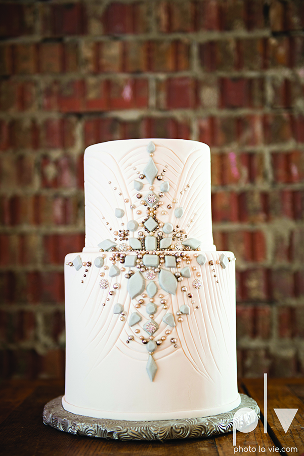 Jeweled white wedding cake stones gatsby vintage Creme de la Creme Photo La Vie copy.jpg