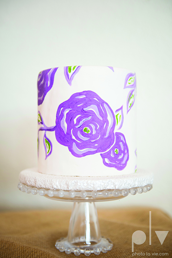 Handpainted Purple flower Cake Creme de la Creme Sarah Whittaker Photo La Vie copy.jpg