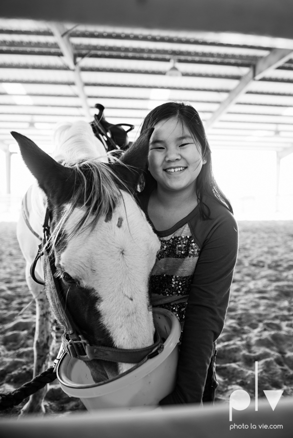Jaden Birthday Party 10 girl horse ride YMCA equestrian Fort Worth country baskets picnic chocolate Creme De La Creme Photo La Vie Sarah Whittaker-32.JPG