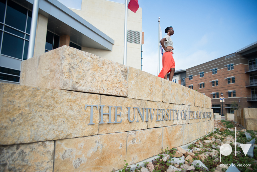 Nyeisha Graduation Portrait Session coral cap gown campus UTA texas Photo La Vie by Sarah Whittaker-7.JPG