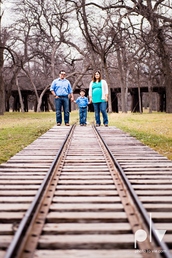 Valdez family maternity mini portrait session Fort Worth Trinity park outdoor track train spring baby brother Sarah Whittaker Photo La Vie-5.JPG