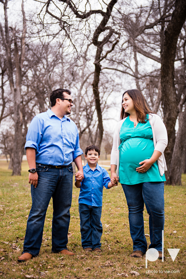 Valdez family maternity mini portrait session Fort Worth Trinity park outdoor track train spring baby brother Sarah Whittaker Photo La Vie-10.JPG