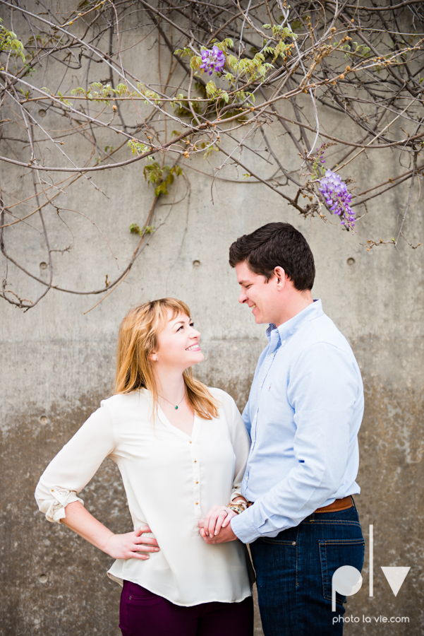 Shonnah Dan engagement portrait session fort worth the modern kimball piano art museum texas spring urban Sarah Whittaker Photo La Vie-4.JPG