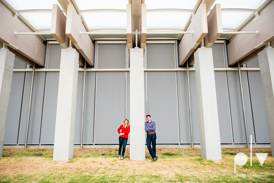 Shonnah Dan engagement portrait session fort worth the modern kimball piano art museum texas spring urban Sarah Whittaker Photo La Vie-13.JPG