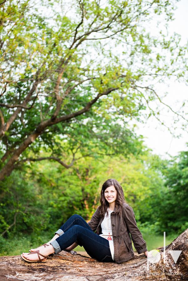 Senior Portrait session karah Woods Chapel vintage white girl texas Oliver Park nature field tree log pond worship sing Sarah Whittaker Photo La Vie-10.JPG
