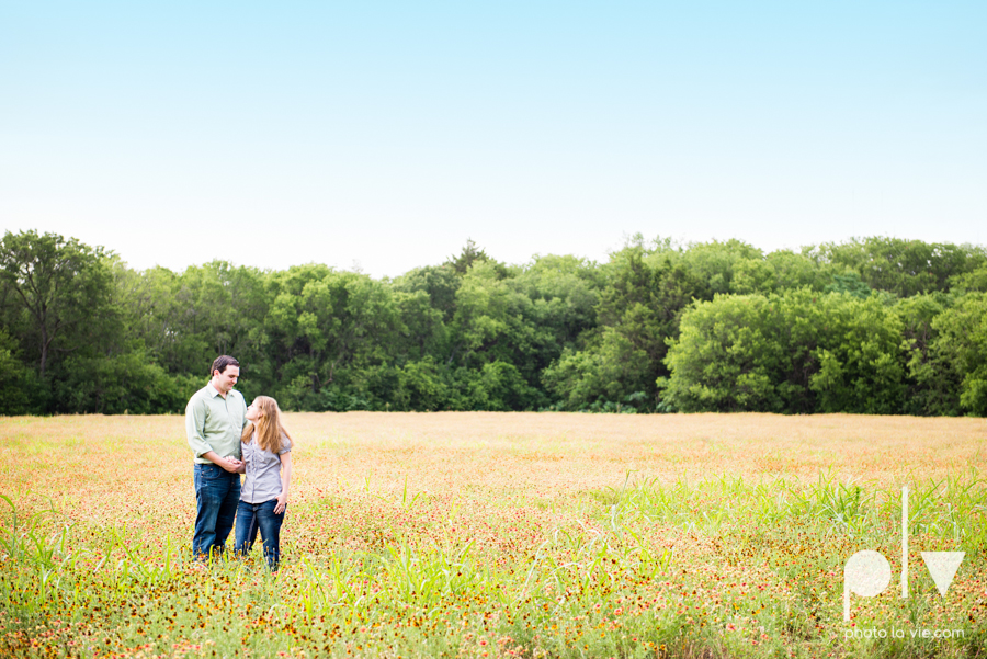 Latoya Andrew engagement session Penn Farm Cedar Hill State Park house barn wildflowers summer Sarah Whittaker Photo La Vie-7-2.JPG