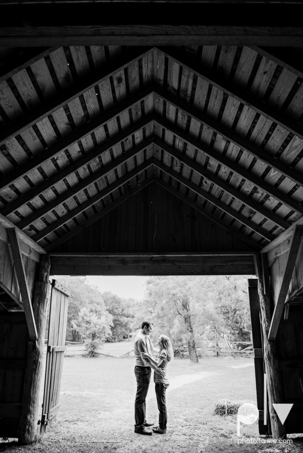 Latoya Andrew engagement session Penn Farm Cedar Hill State Park house barn wildflowers summer Sarah Whittaker Photo La Vie-1-2.JPG
