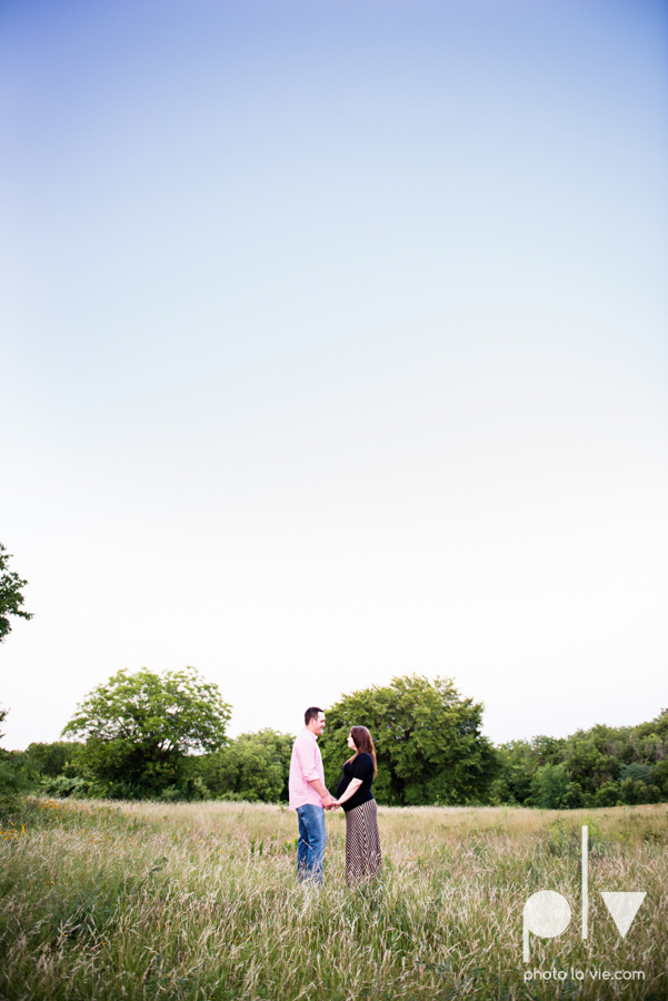 Brittany Garrett Baby Maternity couple Oliver Nature Park texas boy shoes Sarah Whittaker Photo La Vie-9.JPG